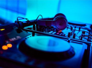 To najlepšie zo sveta elektronickej hudby. 10 DJ – ov, ktorí tvoria svetovú špičku a svojou tvorbou patria medzi najlepších.