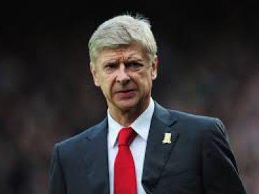 Wenger nepočúva volanie fanúšikov, sústredí sa na svoju prácu