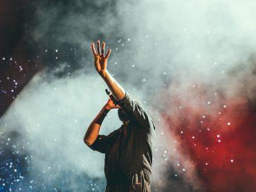 Reakcie hudobníkov a rapperov na sociálnych sieťach!? Prednosť má zdravie, koncerty idú bokom!?