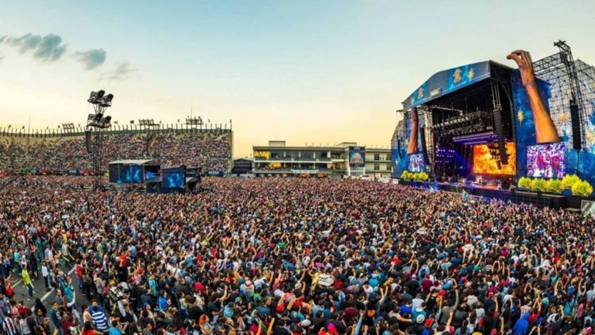 V Mexiku sa hudobný festival aj napriek koronavírusu nezrušil! Zúčastnilo sa ho vyše 70 000 ľudí!