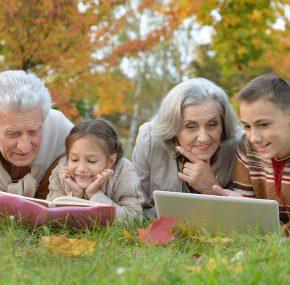 TOTO odkazuje staršia generácia mladým ľuďom. Tie slová vás chytia za srdce a donútia vás zamyslieť sa!