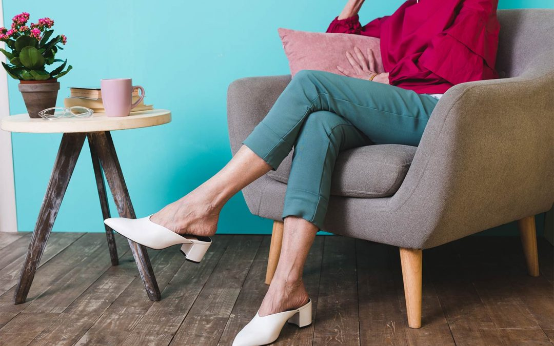 Bežný zvyk, ktorý vás môže pripútať na lôžko: Ženy, takto by ste sedieť nemali!
