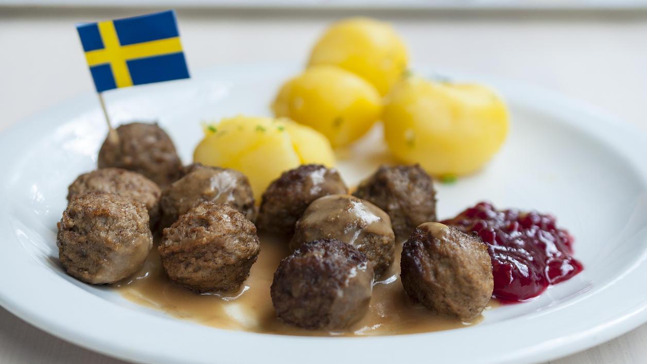 Už poznáme recept na mäsové guličky z IKEA. Takto si ich vieš pripraviť doma!?
