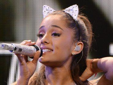 Neopísateľná Ariana Grande prekonáva všetkých svojich kolegov! Metafora opisujúca slzy vyrazila dych nejednému človeku!