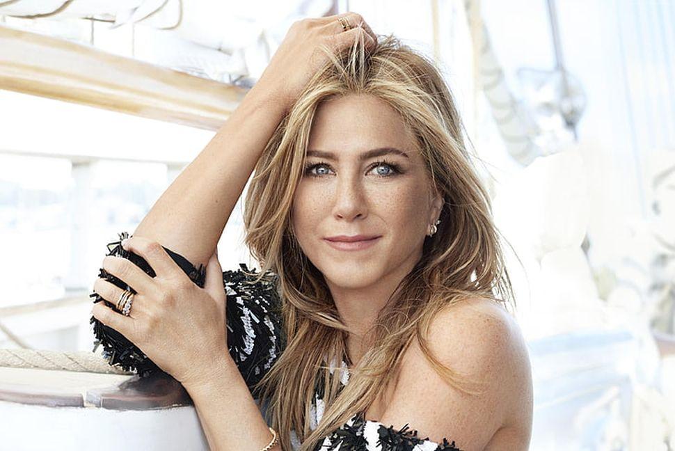 Jennifer Aniston posiela jasný odkaz: Ak vám záleží na našich životoch, noste rúška!