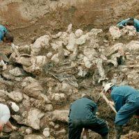Ubehlo 25 rokov od najväčšieho masakru po 2. svetovej vojne