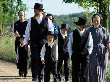 Nepriateľské gombíky a skvelé študijné výsledky: Je život Amišov vážne zlý?