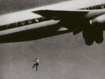 Tragický príbeh Keitha Sapsforda, 14-ročného čierneho pasažiera, ktorý spadol z lietadla
