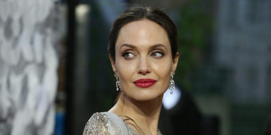 Angelina Jolie sa predviedla v celej svojej kráse! Strhaná a vychudnutá!? To je minulosťou!
