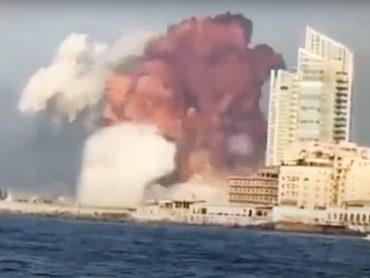 Obrovský výbuch otriasol libanonským Bejrútom!? Z týchto videí ide hrôza!?