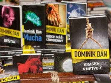 Ministerstvo vnútra prepustilo slovenského spisovateľa: Vraj si chodil len po výplatu
