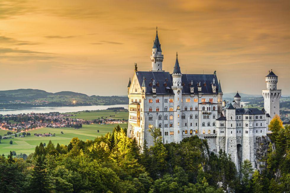 Spoznajte najkrajšie hrady a zámky z celej Európy! Tieto pevnosti lákajú značné množstvo turistov!