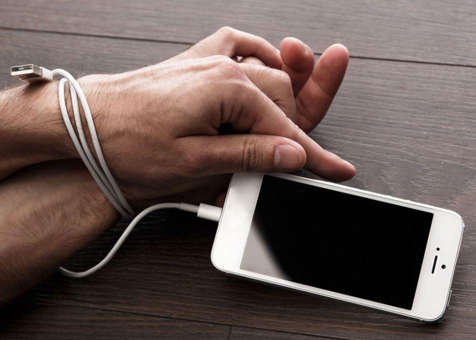 Držte si svoj mobil čo najďalej od tela! Ako ovplyvňujú telefóny naše zdravie!?
