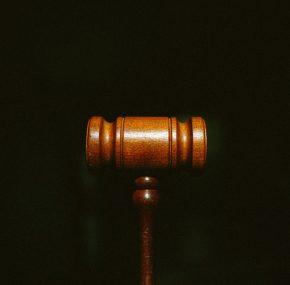 Zákaz splachovania toalety alebo predaja kapusty v nedeľu: Toto sú najdivnejšie zákony sveta