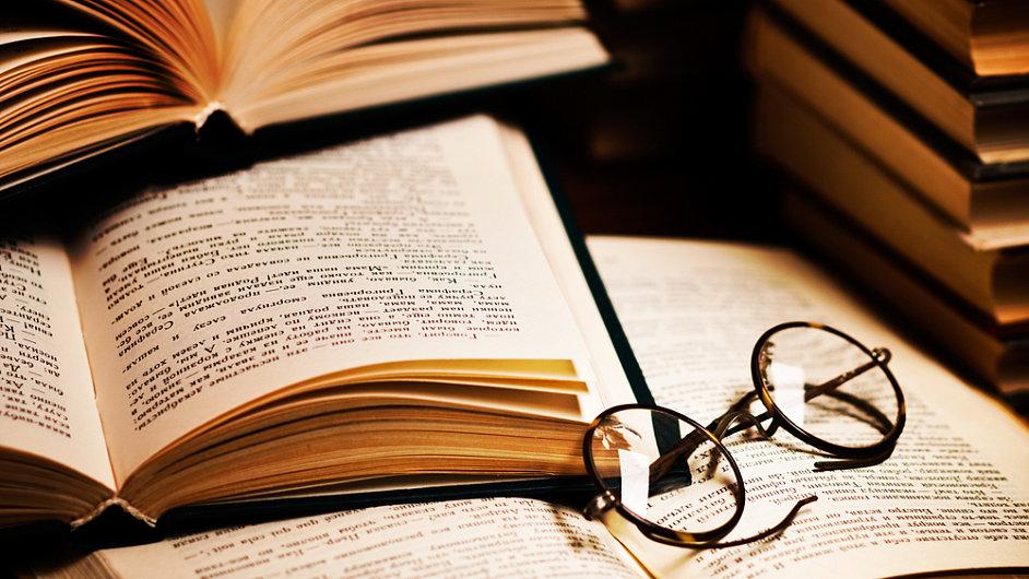 Máte obrovskú záľubu v čítaní a písaní!? Chceli by ste vydať vlastnú knihu, ale neviete ako!? Zaručené rady a nápady ako dosiahnuť svoj malý-veľký úspech!