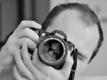Byť fotografom nikdy nie je na škodu! Má to však svoje výhody, aj nevýhody! Aké!? Budete naozaj prekvapení!
