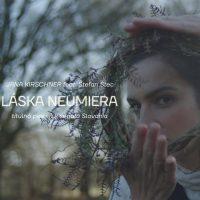 LÁSKA NEUMIERA! Jana Kirschner vydáva novú titulnú pieseň k seriálu Slovania!