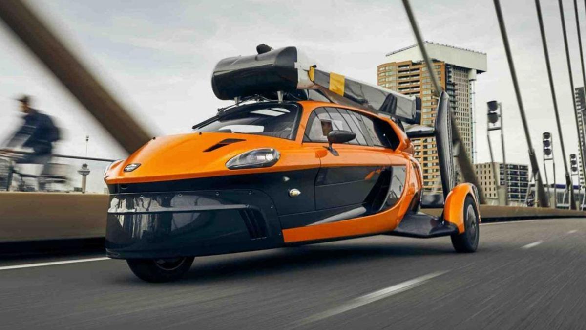 Lietajúci automobil možno už budúci rok!? PAL-V zatiaľ môže jazdiť len po cestách…