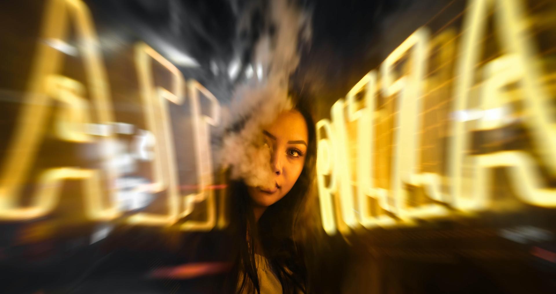 ROZHOVOR: DROGY vládnu svetom a menia ľudí na nepoznanie! Skutočný príbeh mladej ženy, ktorej drogy zmenili život!