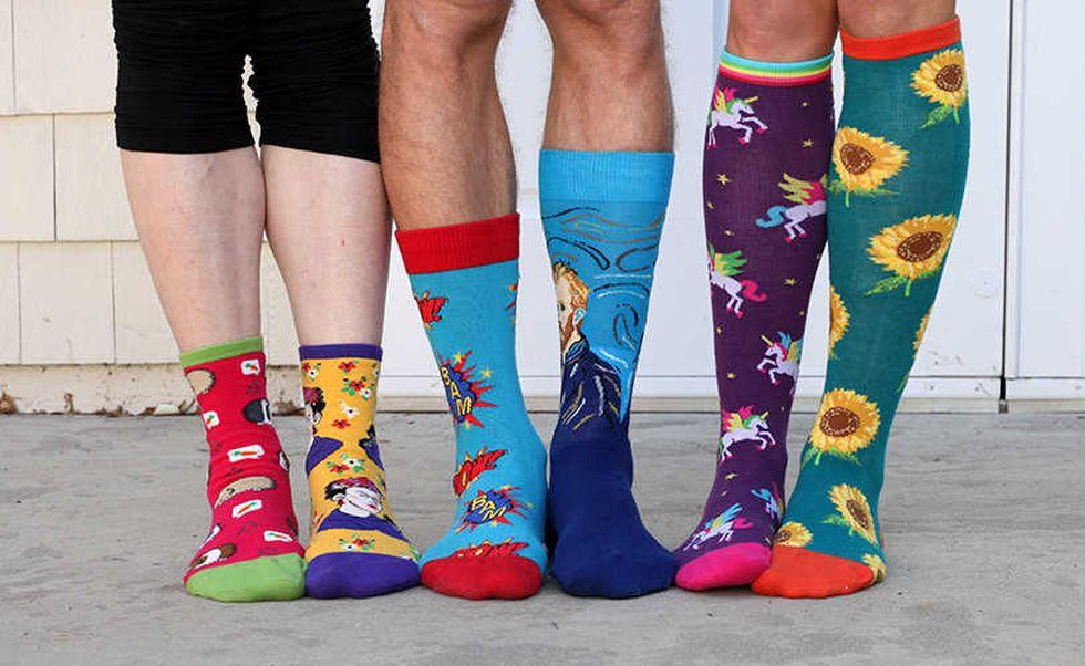 Svetový deň Downovho syndrómu: Preukážte solidaritu obutím dvoch rozdielnych ponožiek!