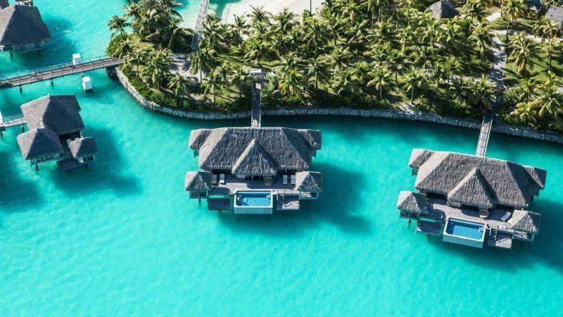 The St. Regis Bora Bora Resort z filmu Couple retreats