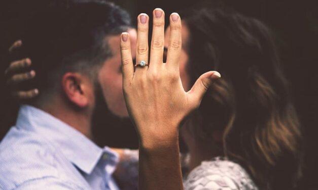Plánujete v blízkej budúcnosti svadbu!? Spoločnosť Space Perspective prichádza s plánom, ktorý si nie všetci budú môcť dovoliť!