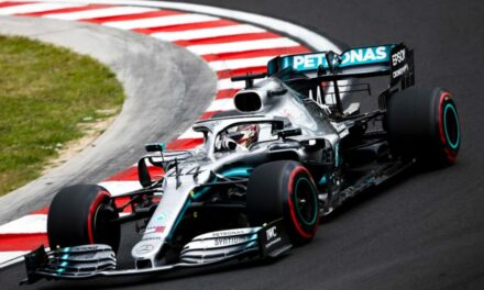 Formula 1: Veľká cena Ruska priniesla britskému pretekárovi dve prvenstvá